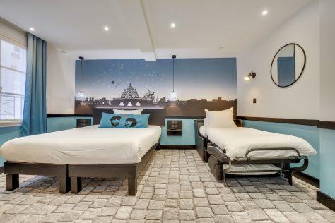 Hotel Lucien & Marinette - Chambre Triple-Bleue-0uverte
